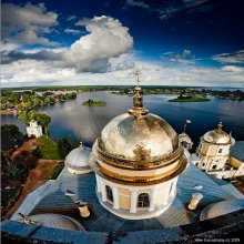 From a high bell tower / ***