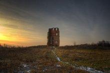 | Castle ruins | / ***