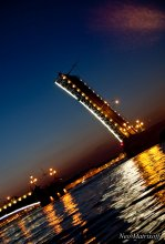 St. Petersburg. Night. Drawbridge. (St. Petersburg. Night. Bridge.) / ***