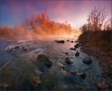The fire of autumn dawn / ***