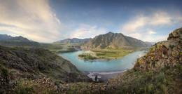 Altai Mountains / ***