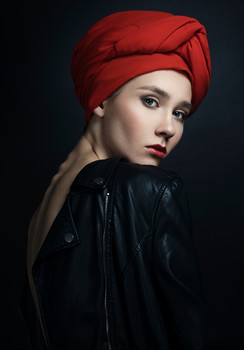 Untitled / Ph: Ariadna Belkina  Md: Jacqueline Bogatyreva