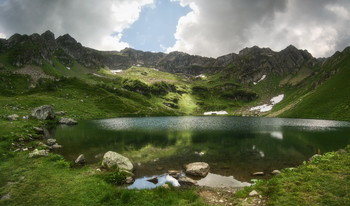 Lake Mzy / ***