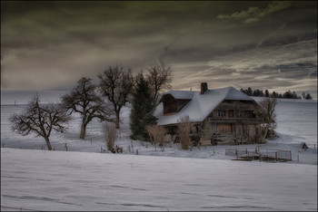 Country Life / Old Farmhouse