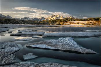 Treib Eis / Bergsee