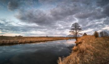 Spring River / ***