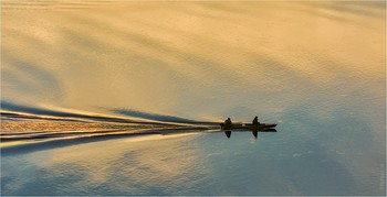 Sunrise over the river / ***