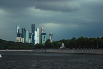 City views / ***